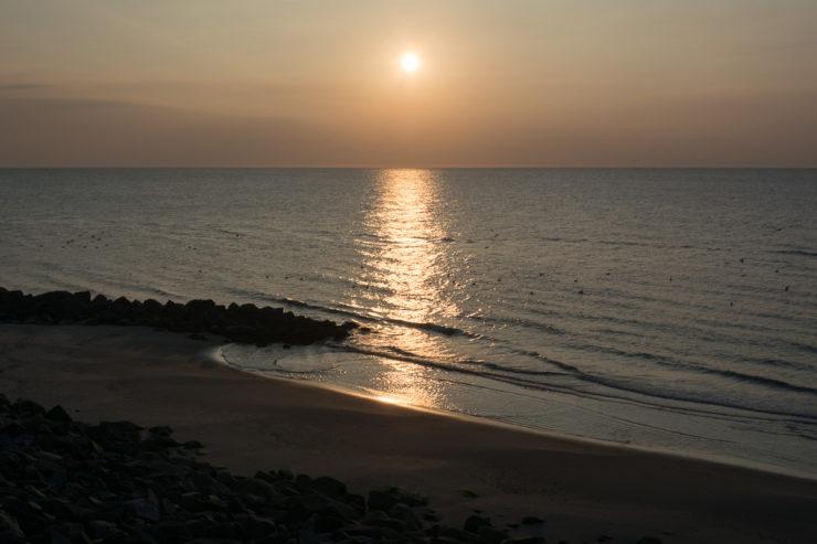 Sonnenuntergang am Strand in Lønstrup