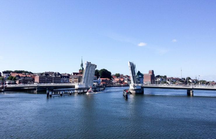 Kappeln, Klappbrücke und Hafen