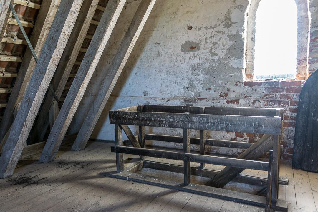 Unterm Dach des Kirchturms