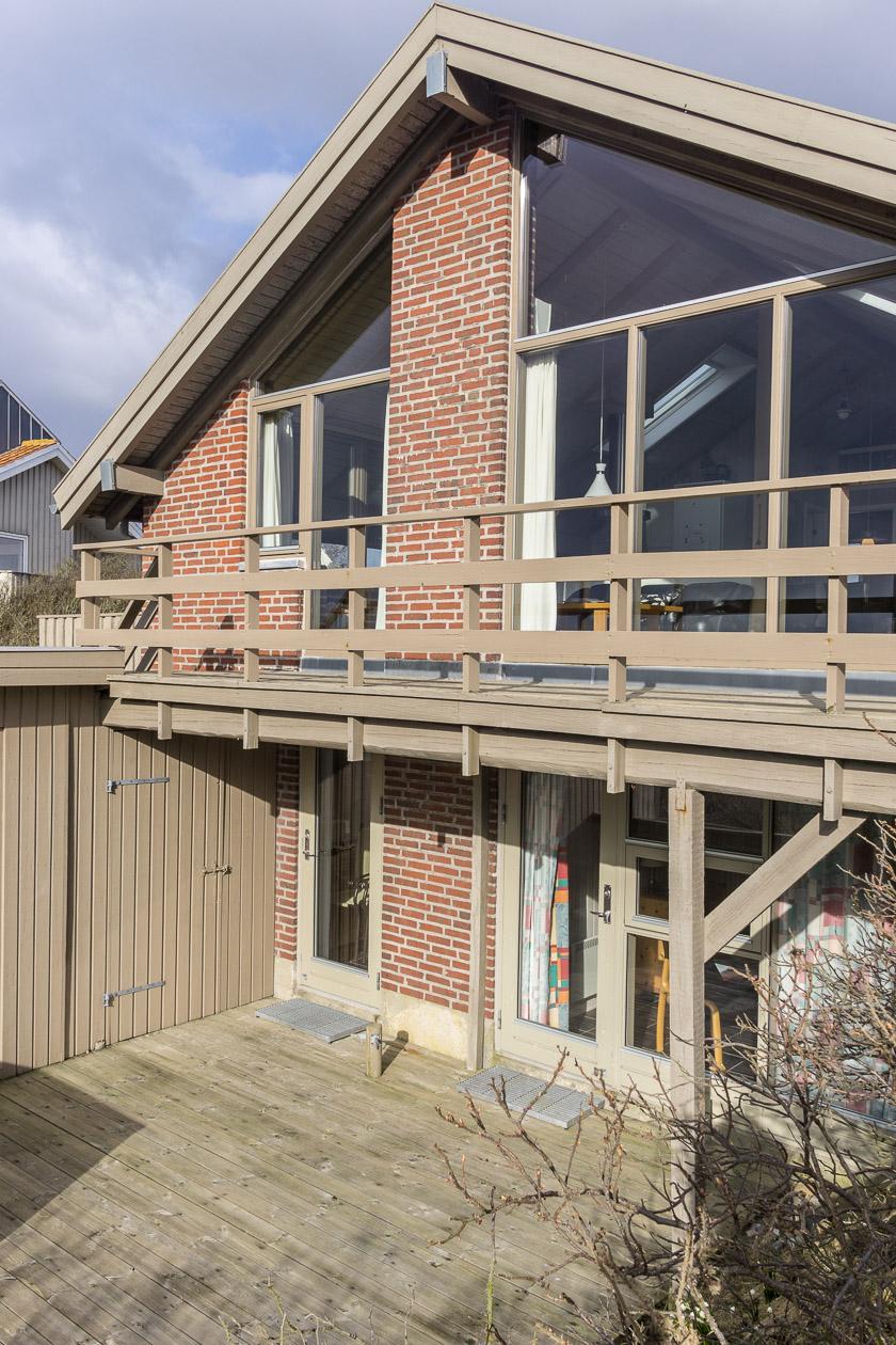 Terrasse unten am Haus